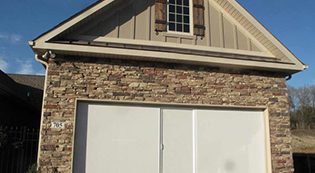 Lifestylescreens3-Lifestyle Screens-Garage Door Screens-Residential Garage Doors-Alberts Custom Door-Wichita, KS